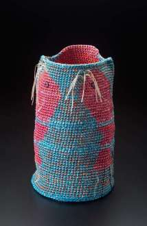 """""""Heavenly Fish,"""" 1993. Katherine Westphal (American, 1919-2018). Synthetic raffia; crocheted. The Daphne Farago Collection (2004.2148). Photograph © Museum of Fine Arts, Boston."""